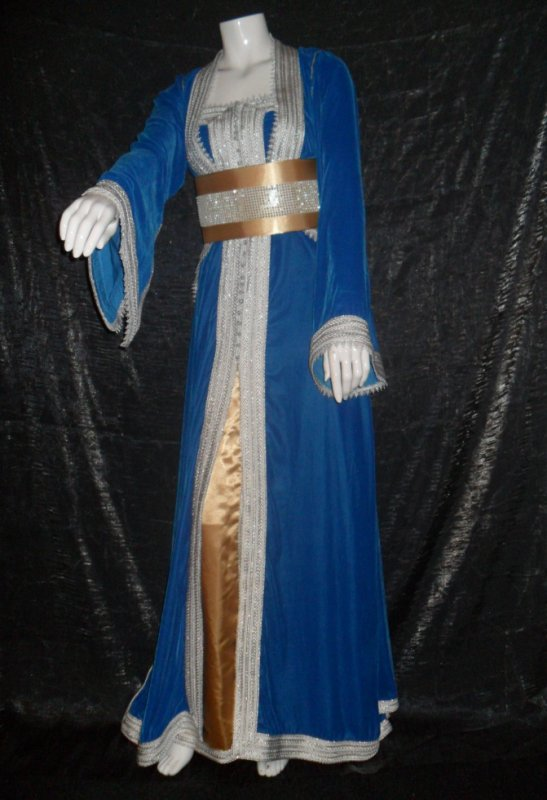 tres belle takchita bleu et dore
