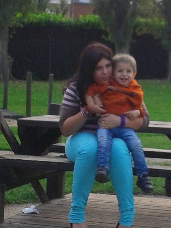 ma fille laura et mon petit fils luca je vous aimes