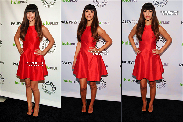 .06/03/2012 - Hannah et le cast de New Girl étaient au Paley Fest à Los Angeles. C'est un énorme top pour ma part ! La couleur rouge de la robe met en valeur le teint mat de Han' et sa forme, simple mais très jolie, lui va à merveille. Et vous ?