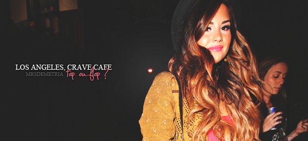 $$$$$$● FLASHBACK / CANDIDS $$$ LE MERCREDI 28 SEPTEMBRE 2011 | Demi se rendait au Crave Café, à Los Angeles. $$$$Elle portait une jolie robe rose assortie un à gilet marron fleuri. Un top pour moi. Elle arborait également son nouveau $$$$piercing au nez. $$$