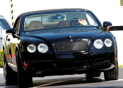 Victoria Beckham et sa Bentley Dub