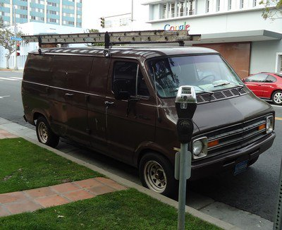 Tour du monde: 6, Los Angeles, Dodge Ram Van