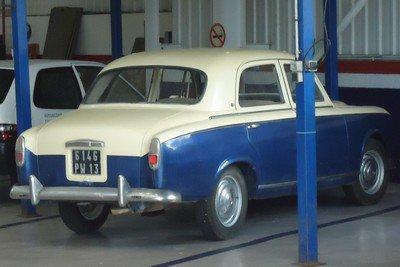 Peugeot 403 bicolore
