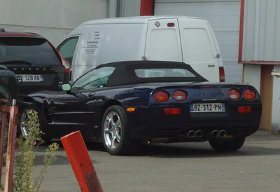 Une Corvette spider