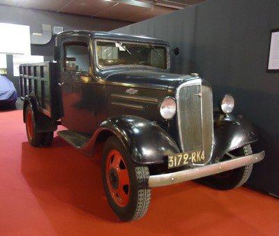 Rétromobile 2013: 15. camion Chevrolet