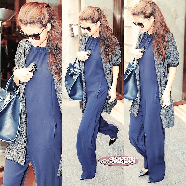 . Selena Gomez quittant son hôtel de Milan  le 21 septembre 2013  .