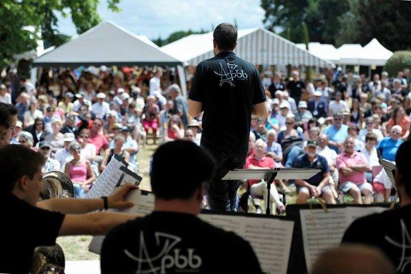 Dimanche.24 JiUN   2018   Festival Brass Band en Bourgueillois