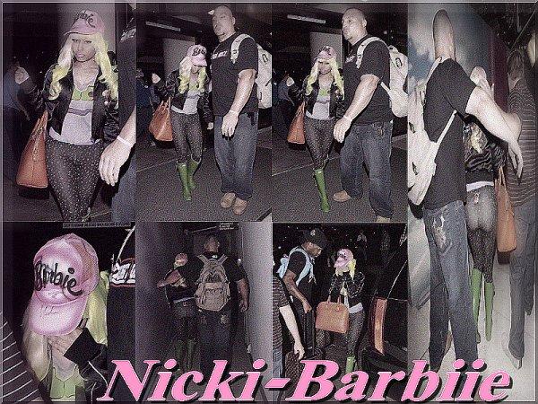 Nicki Minaj @ l'aéroport de Los Angeles
