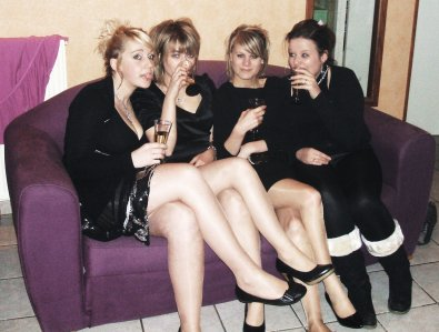 [ Nouvel An 2O11 ; Lucie, Lucie, Marion & Julie <3 ! ]
