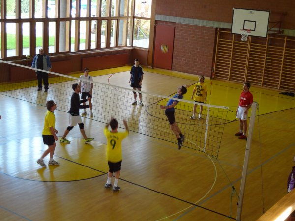TOURNOI DE VOLLEY - EN IMAGES