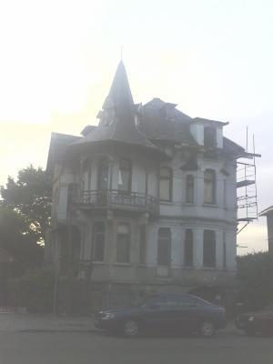 maison hantee bruxelles