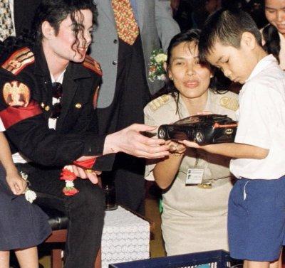 Michael Jackson : ½uvres de bienfaisance