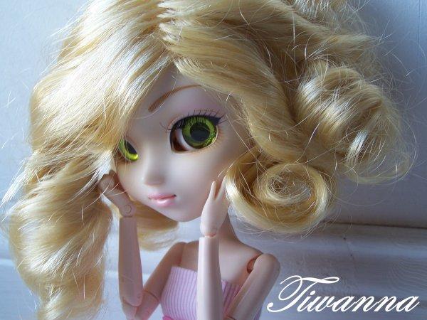 Clara is a girl ! :3