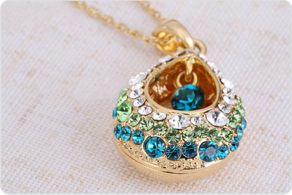 Produit n'25 : Collier faux Diamants Turquoise