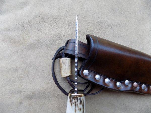 couteau de cou forgée main
