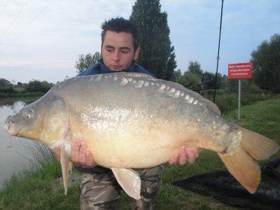 c'est parti pour 2011 avec une miroir de 10.200 kg