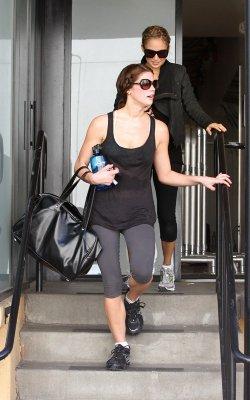 6 novembre , Ashley fait toujours du sport !