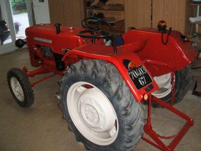 d 326 tracteurs international mc cormick farmall ih. Black Bedroom Furniture Sets. Home Design Ideas