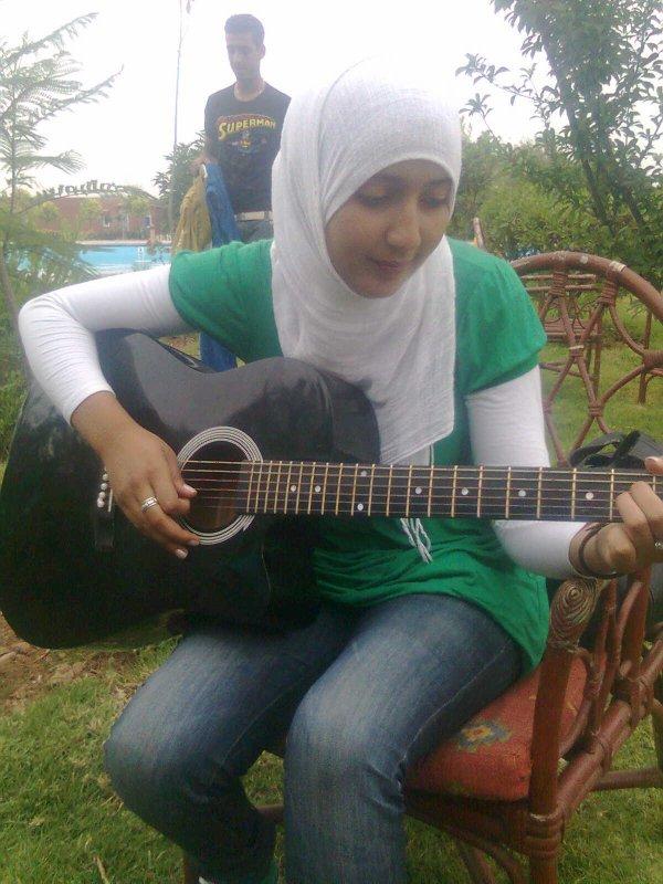 moi en mode guitar :D