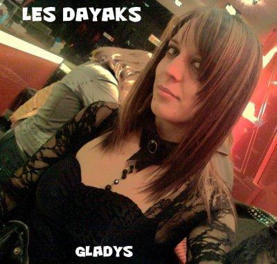 GLADYS RELOOK /