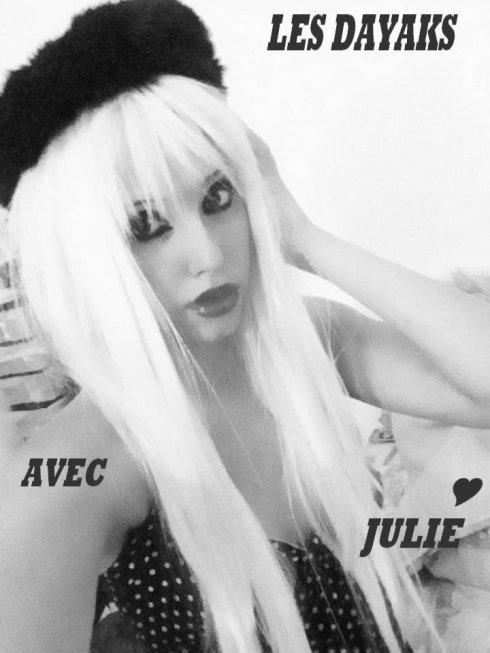 LES RELOOKS DE JULIE BLONDE ET BRUNE / AVEC NOUS /