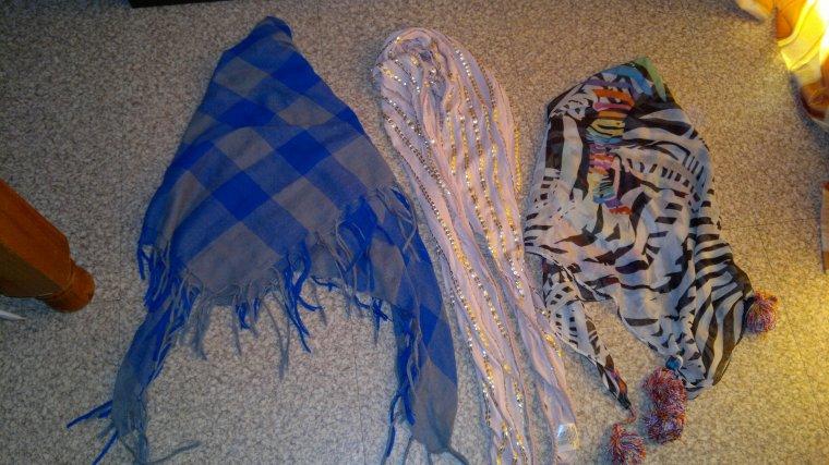 lot 2 keffieh + un foulard : 5 ¤