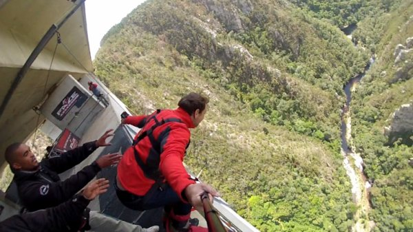 Bloukrans bridge bungee jump south africa