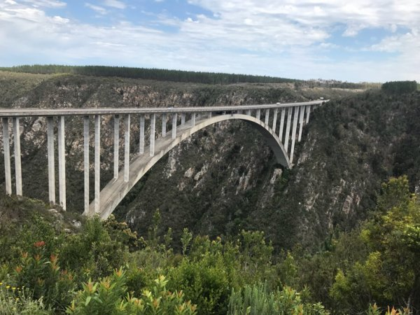 Bloukrans bridge bungee jump south africa