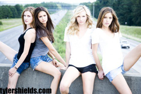 Jenna & Elena & Caroline et Vickie