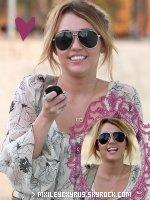 Source #1 sur Miley Cyrus