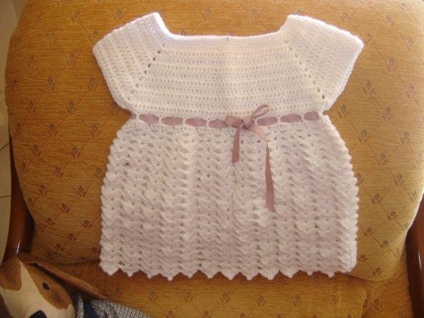 robe au crochet pour bébé