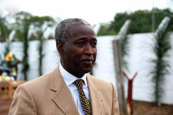 Ndong Sima Raymond:   un  ''bastilleur''  à la tête du  gouvernement