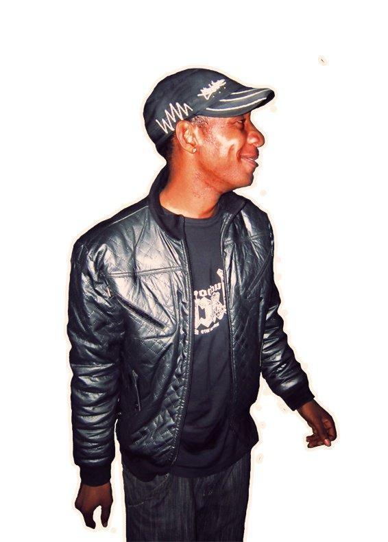 Une star dans la rue : Jean Ndong est devenu mandiat !