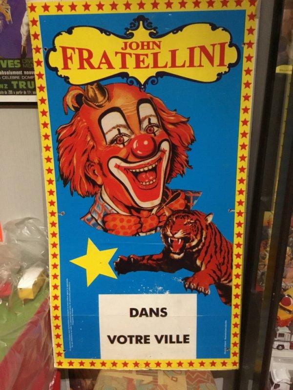 Affiches les têtes de clowns