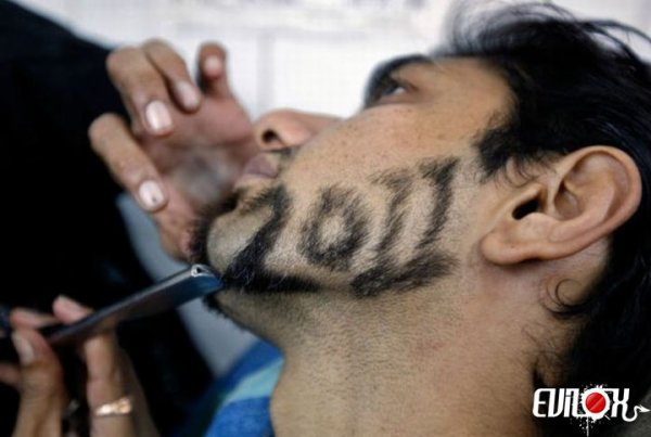 Fais la bise au barbier Seul inconvénient, tu te retrouves à minuit chez le barbier...