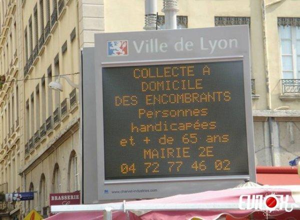 Service à domicile Si vous voulez, la ville de Lyon vous aide à vous décharger de vos encombrants de plus de 65 ans...