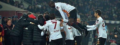 Turquie : Galatasaray reprend la tête