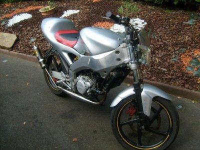 nouveau projet : une aprilia RS de 2000
