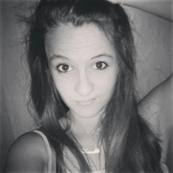 Hellooo :)