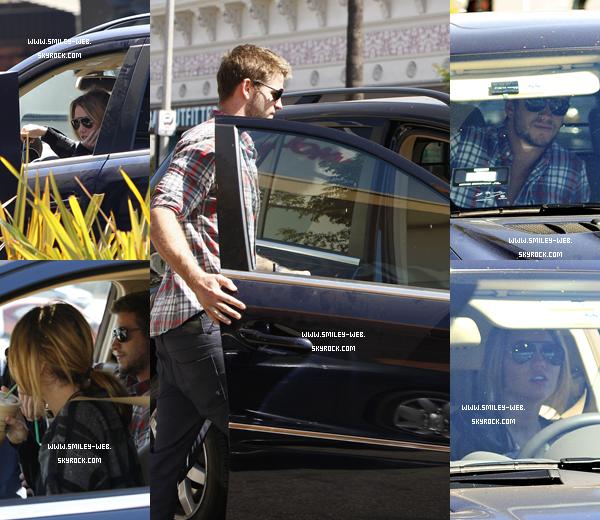 .Ce 11 septembre Miley et Liam sont allés se promener hier à Studio City en Californie.