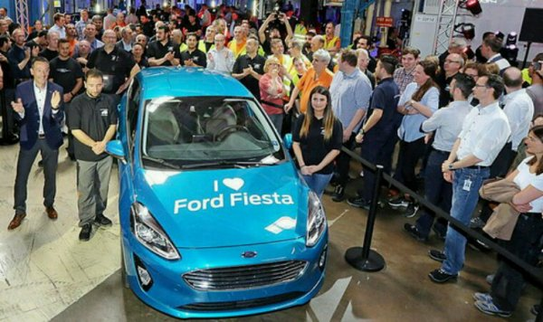 Nouvelle ford fiesta 2017
