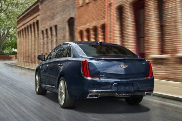 cadillac xts lifting 2017