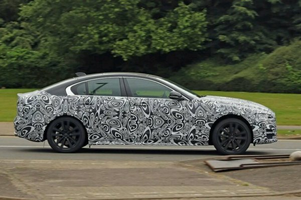 Jaguar xe lifting pour 2019