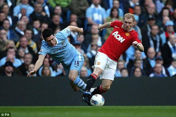Manchester City   1  Kompany (45)  Manchester United   0