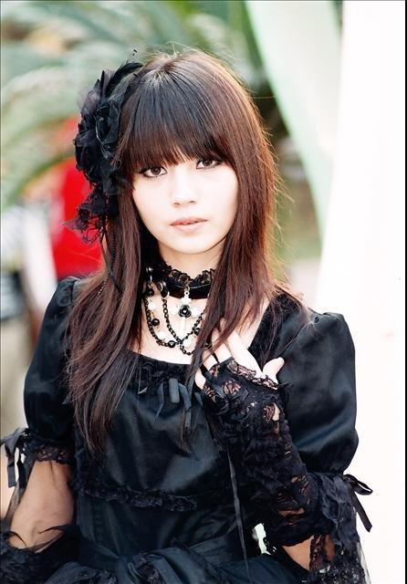 La mode japonaise gothique lolita I LOVE
