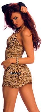 Riaa-K Ta source sur l'ex divas de la Wwe  Biographie