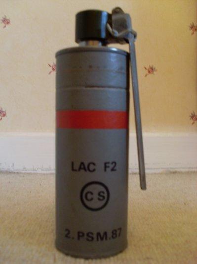 grenade lacrimogéne
