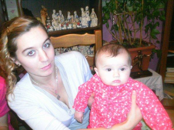 ma belle soeur juju mon frere micka et ma petite niece zaina
