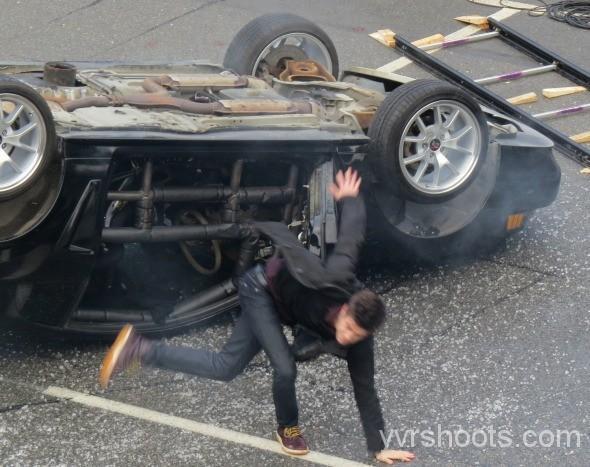 THE FLASH: Un Tournage Explosif Pour Grant Gustin (Vidéo & Photos)
