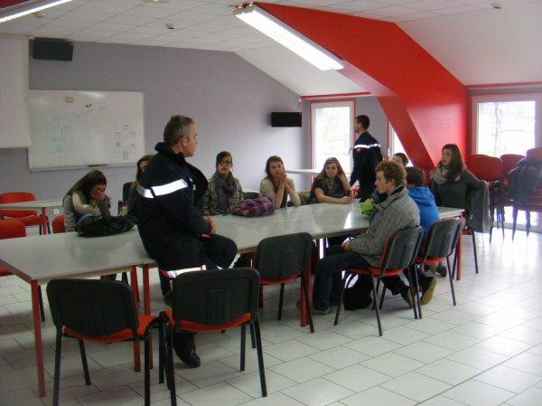 Les 3eme du collège de Sainte Ménehould en visite chez pompiers du 08 février 2013